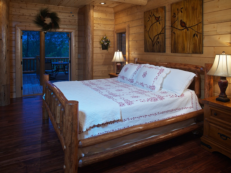 Mountain Laurel Master Suite