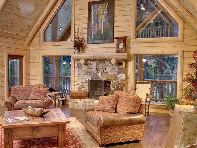 Mountain Laurel Family Room
