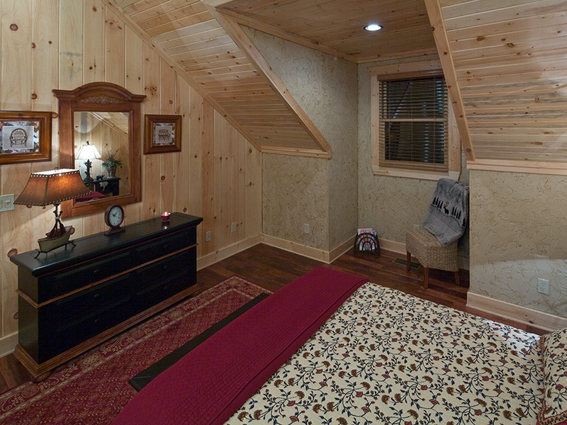 Mountain Laurel Loft Bedroom